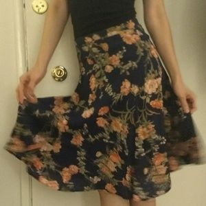 Reformation midi floral skirt flare size small S